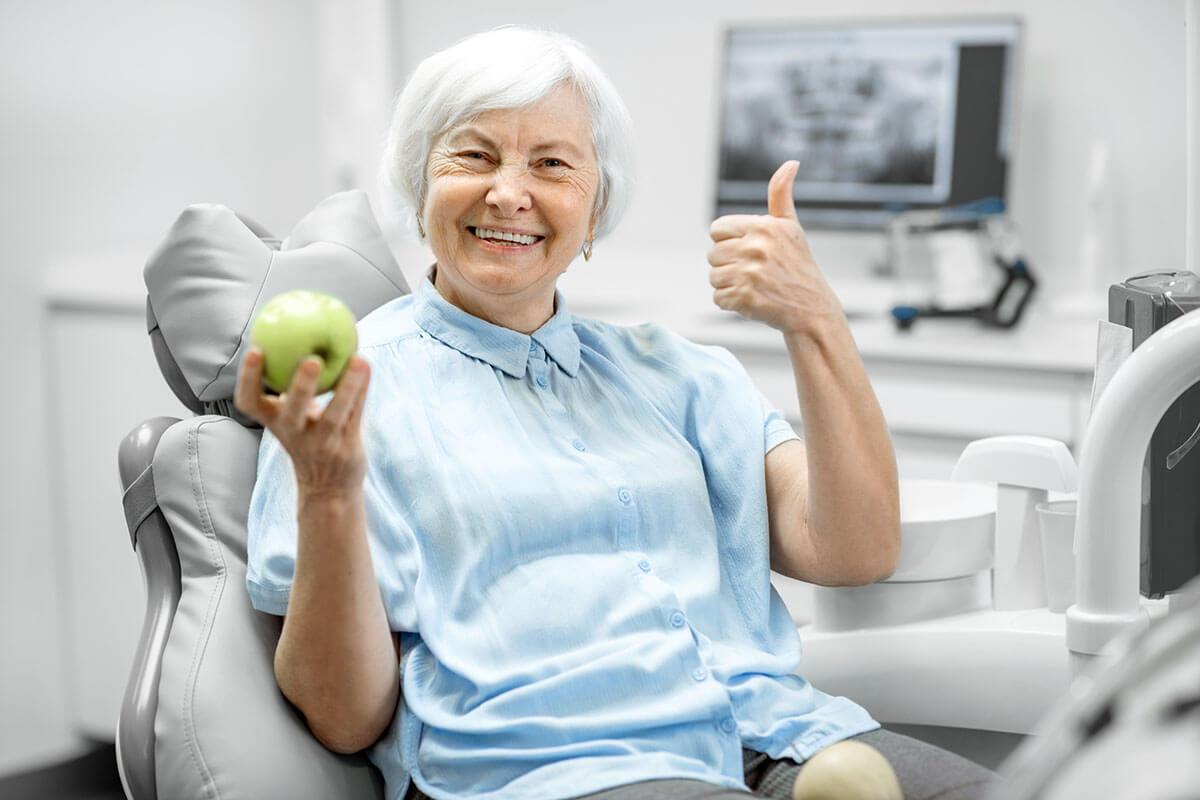 https://www.yorkdaledentalcentre.com/wp-content/uploads/2021/09/services-cosmetic-dentistry-implants.jpg